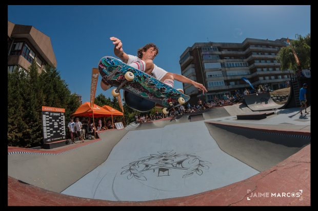 Jaime Ruiz de Gopegui. Frontside ollie at the Tournament.  Photo: Jaime Marcos
