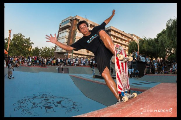 David Sanchez. Blunt to fakie.  Photo: Jaime Marcos