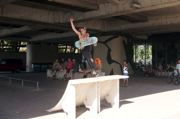 Børge. Boneless of the little built in ramp under the overpass on the river. Photo: Piper