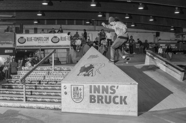 Nick Bax - Backside. Noseslide. Photo: Nicola Debernardi