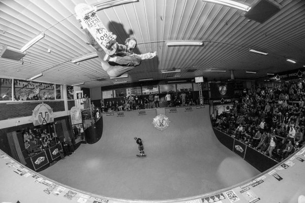 Alex Hallford. Frontside tailbone.