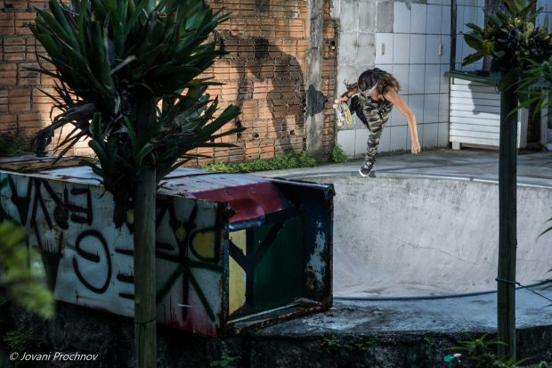 Yndiara Asp. Backside boneless in the DIY in her backard her dad built for her 15th birthday.  Photo: Jovani Prochnov