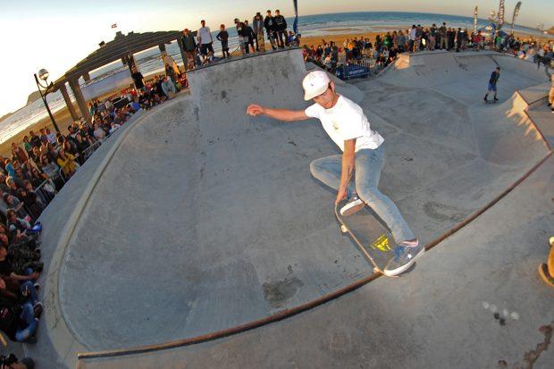 Sergio Cadena. Crail slide.