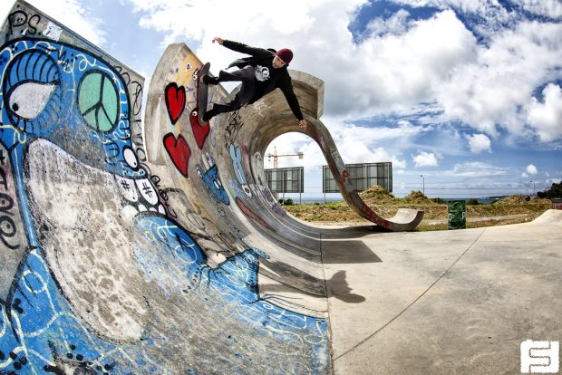 Loic Morice. Skateboarding. Geracoes.  Photo: Fred Ferand