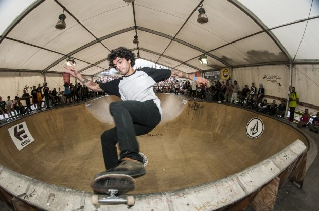 Argentinian dude. Frontside disaster